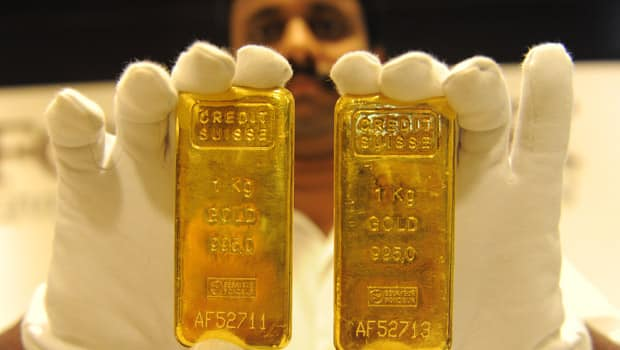 How much gold can one person own in India explained