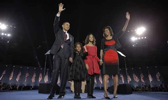 https://i1.wp.com/www.cbc.ca/gfx/images/news/photos/2008/11/05/wide-obama-family-cp-579554.jpg