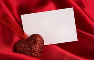 Many people struggle to find the ideal Valentine's Day gift. Try including a handwritten note to show that you care.