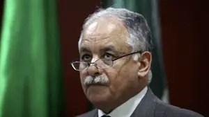 Former Libyan Prime Minister Al-Baghdadi al-Mahmoudi had been kept a jail near Tunis.