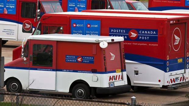 Canada Post and the Canadian Union of Postal Workers have reached a tentative deal to settle a labour dispute that has dragged on for more than a year.