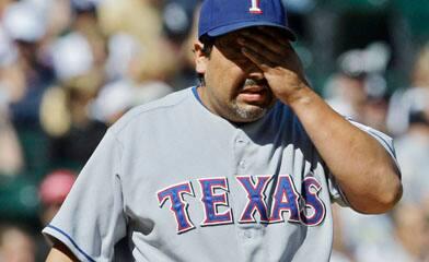 https://i1.wp.com/www.cbc.ca/gfx/images/sports/photos/2008/08/25/guardado392-cp.jpg