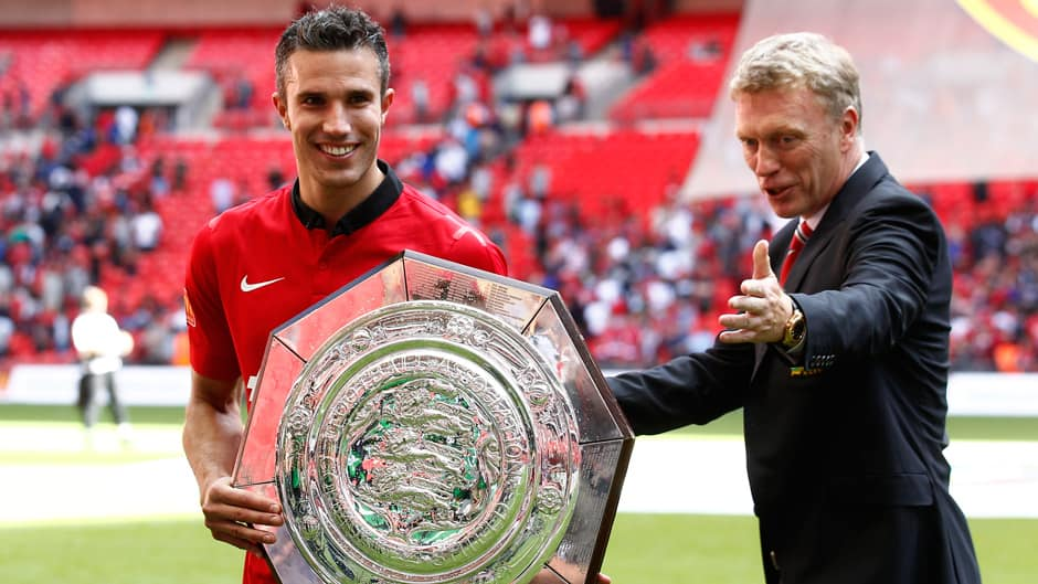 Moyes 'guarding' RvP