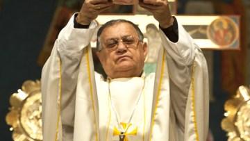 Patriarch urges pilgrims to visit Holy Land