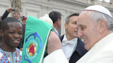 Pope hails work of Apostleship of the Sea