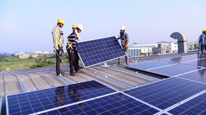 Google Solar Roof >> Golden Opportunities For Rooftop Solar Companies Cape Business News
