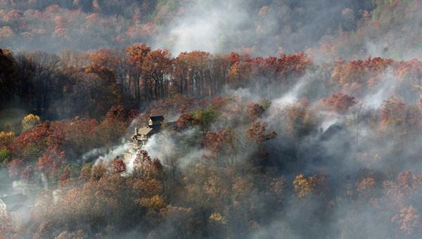 great smoky mountains gatlinburg fire_303908