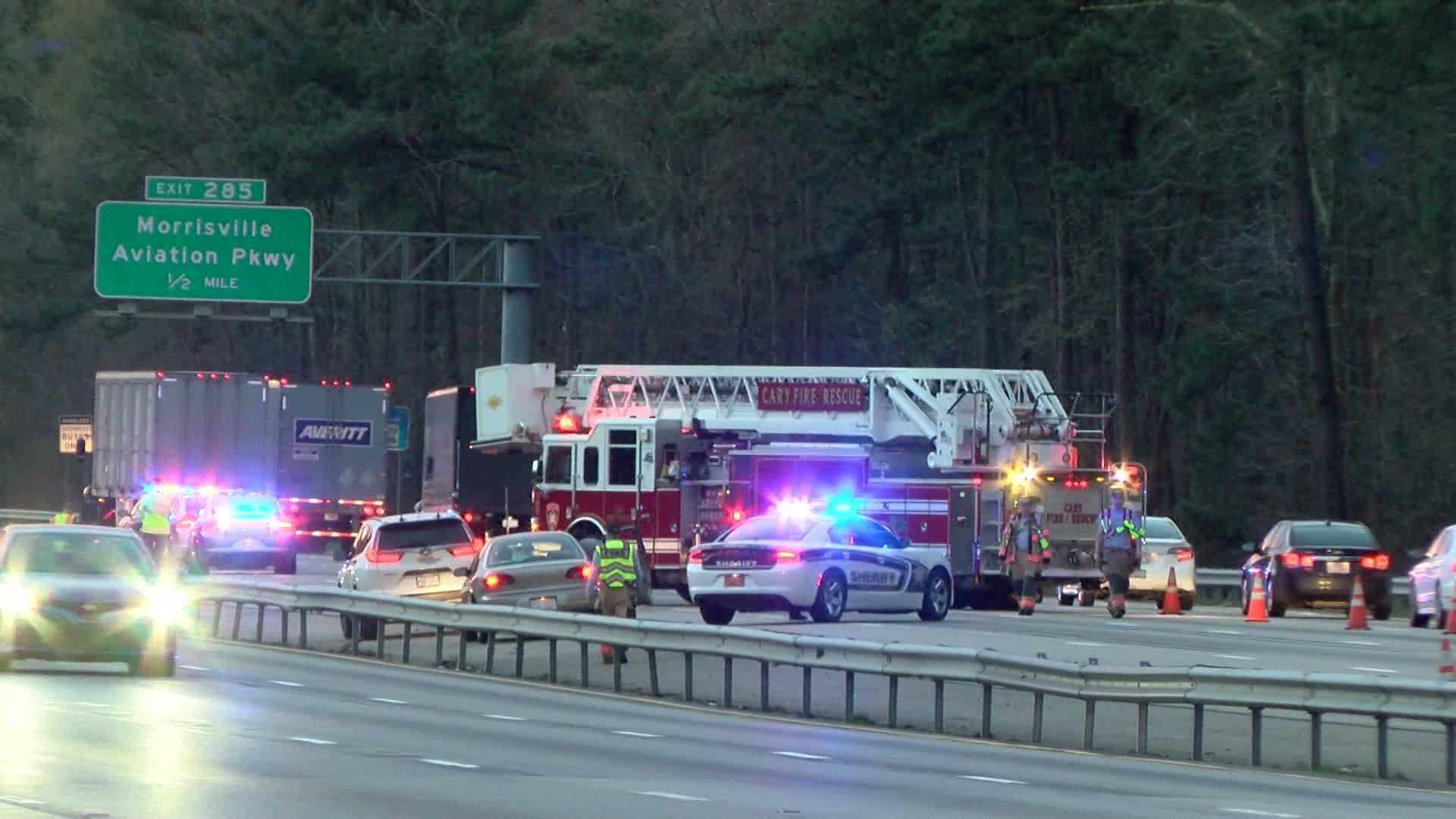 2 injured in 5-car DWI chain-reaction crash along I-40