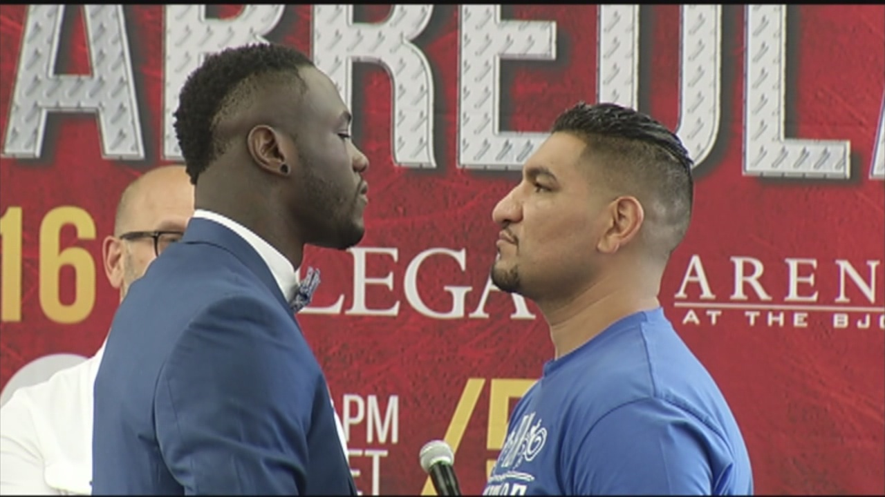 Deontay Wilder and Chris Arreola_181974