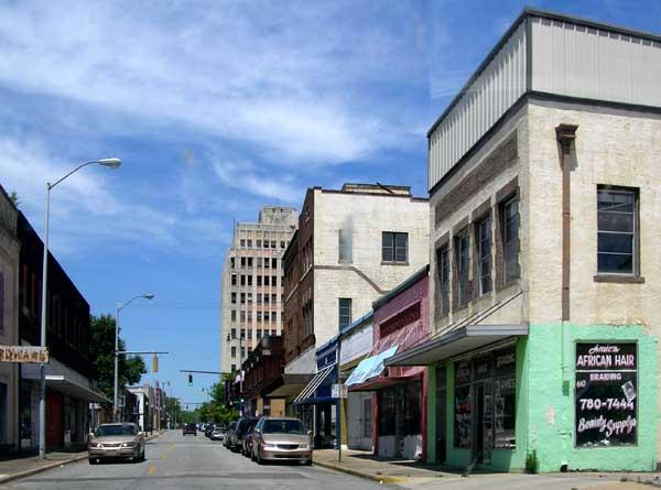 Downtown_Ensley_in_Birmingham,_Alabama_1529547243129.jpg