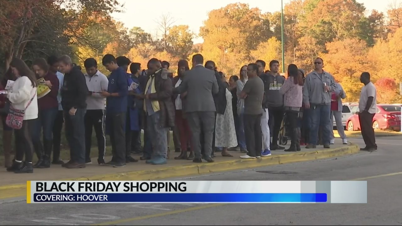 Black Friday shoppers head out for deals Thanksgiving Day
