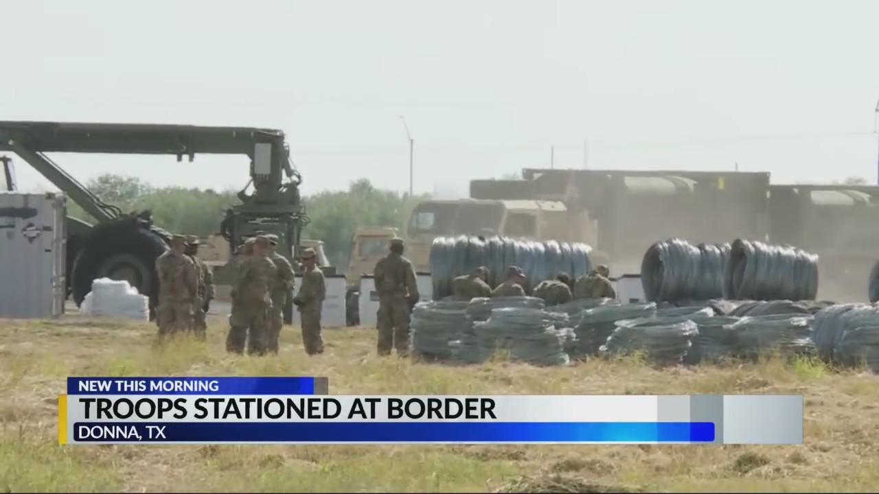 Troops at border for caravan