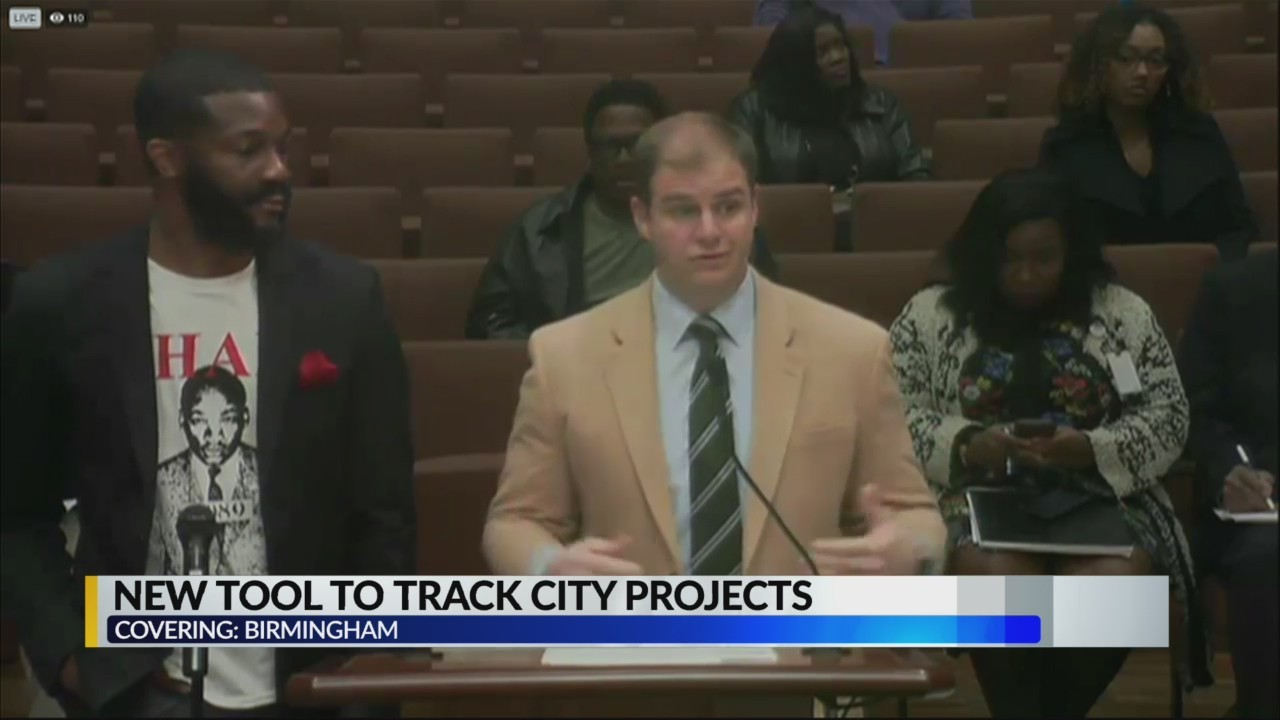 Woodfin proposes city project app