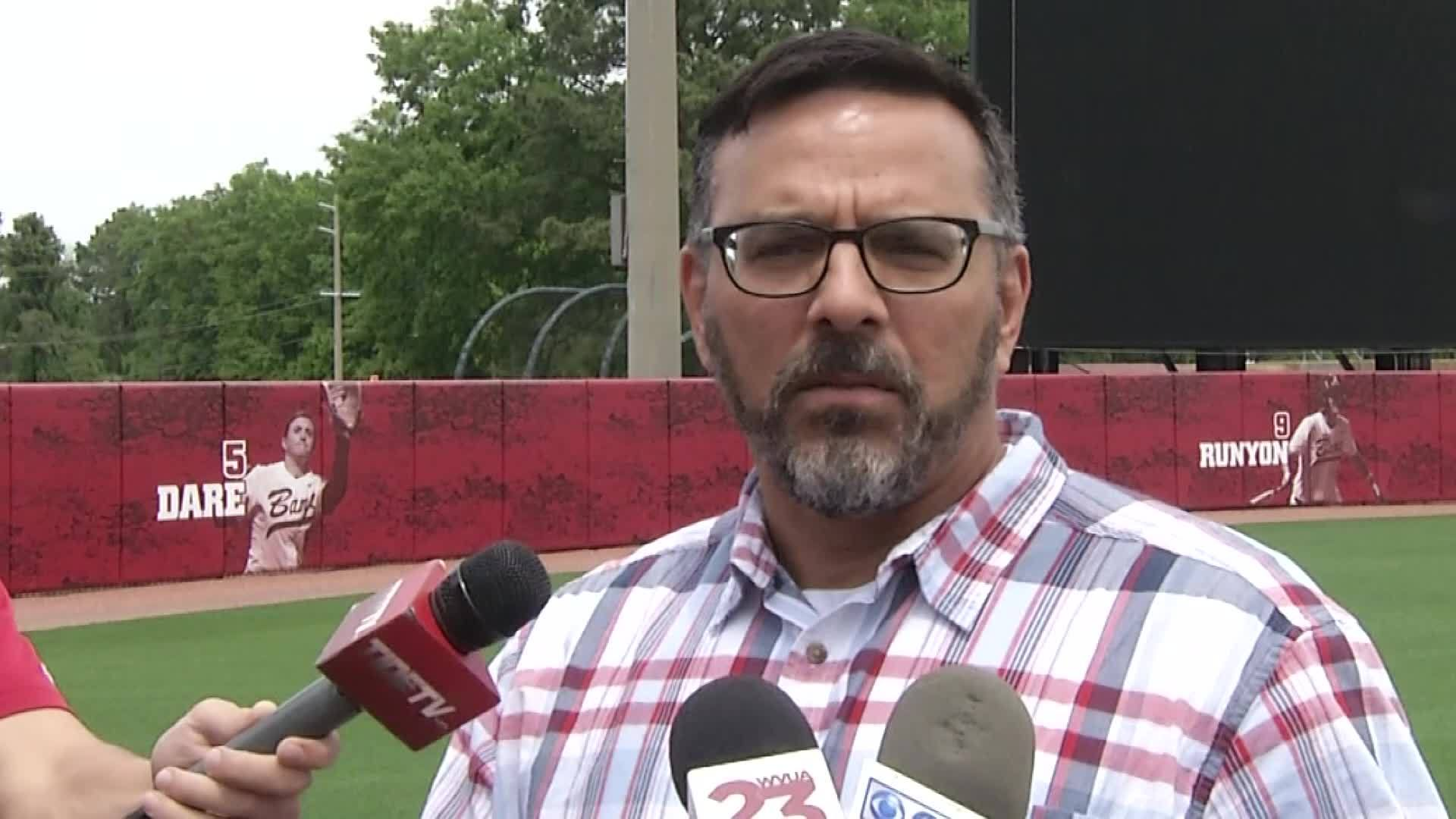 Alabama Crimson Tide Softball Preps for big Series against Florida Gators