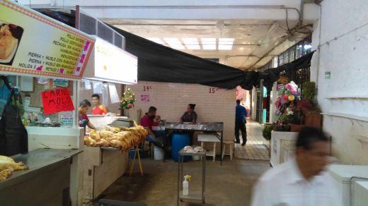 Locatarios registran hasta 80% de pérdidas por obra