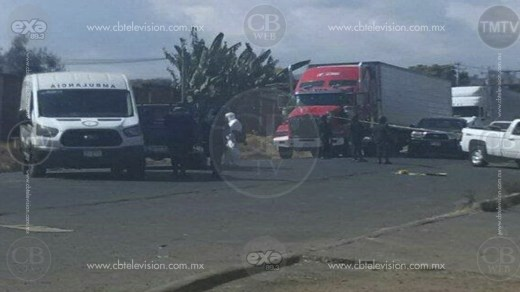 Chofer de una camioneta fallece en atentado a tiros