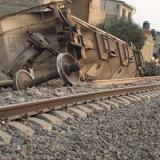 Ferrocarril se descarrila; hay cinco muertos