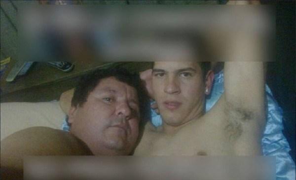 Filtran fotos íntimas de futbolista paraguayo con presidente del club