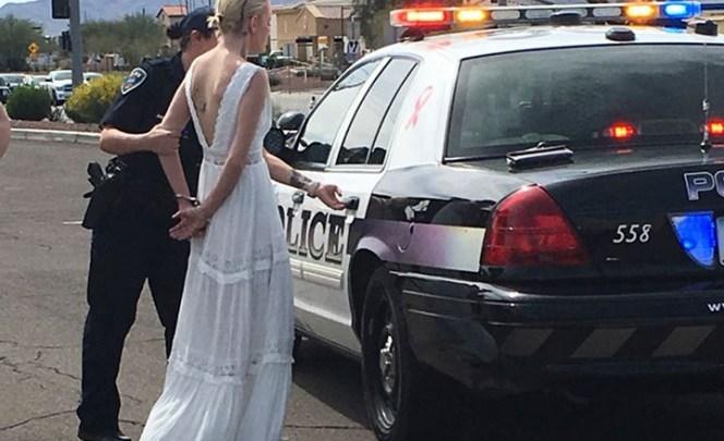 Arrestan a novia mientras se dirigía a su boda