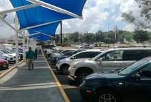 Morelianos denuncian robos a vehículos en estacionamiento de centro comercial en La Huerta