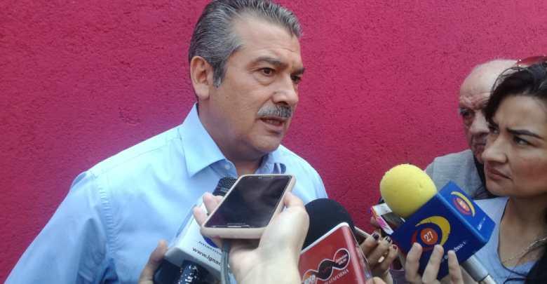 Denuncia Raúl Morón que obra en calle Valladolid del Centro Histórico, se quedó sin recursos