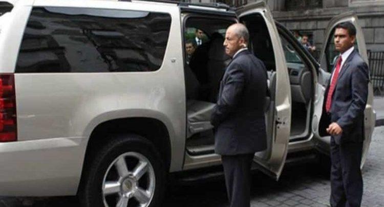 Choferes de altos funcionarios del Gobierno cuestan 1,782 millones de pesos al pueblo