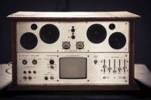 front view of the todd kumpf's project, the audio infuser 4700, a hi fi system