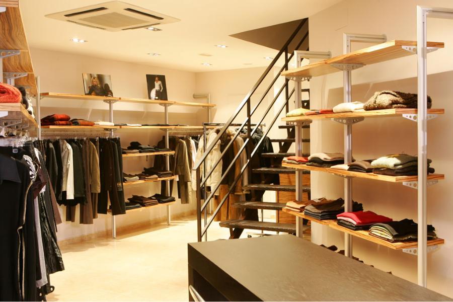 Interior botiga roba
