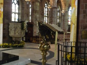 Pulpit and lecturn