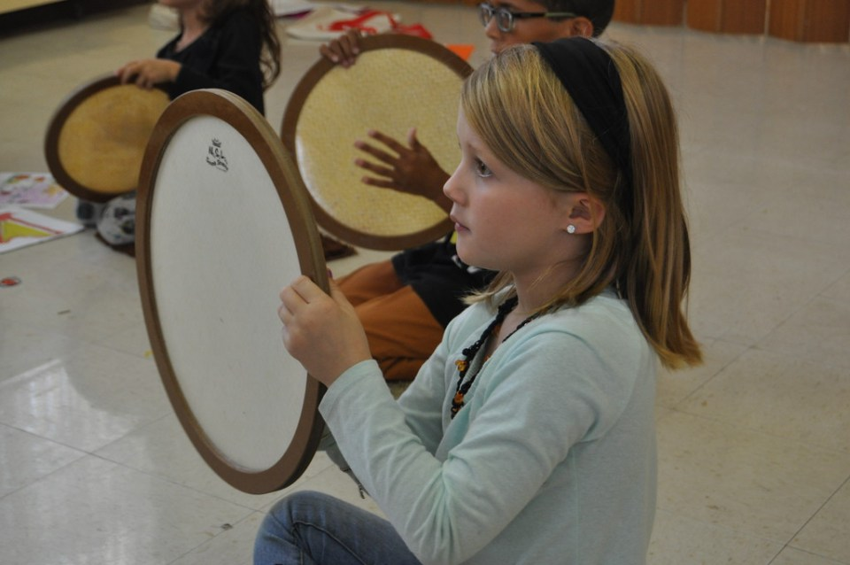 girl-with-drum