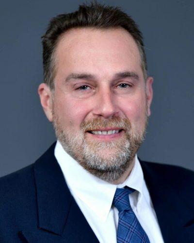 Joel Lewandowski headshot