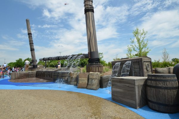 11Mt. Elliot Park water fountain play area