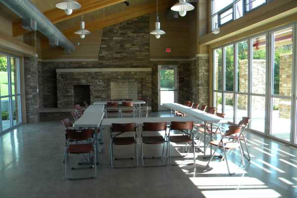 11Marshbank Park interior with meeting table