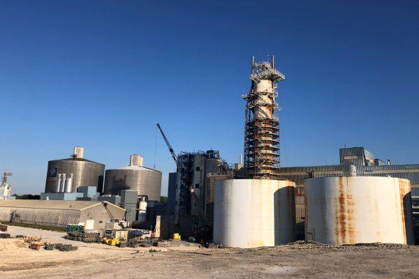 silo under construction (distant shot)