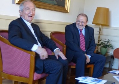 Exposé de S.E. Mgr. Silvano Tomasi sur la diplomatie du Saint-Siège à la Résidence universitaire de Champel à Genève le 7 nov. 2015