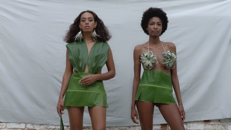 02-fashion-in-solange-music-videos