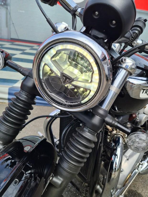 triumph boneville speedmaster america 865 800 1200 1130 bobber t100 t120