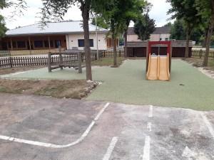 Nouveau sol aire de jeux maternelles CCOP