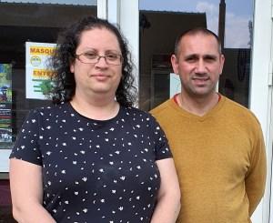 Adeline et Sylvain Tillier - nouveaux propriétaires de la boulangerie de Villefranche à Charny Orée de Puisaye