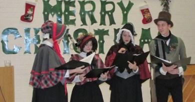 Oak Bay News: Monterey Centre celebrates Christmas