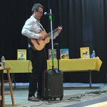 Eric Litwin singing a song