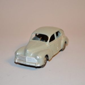 Dinky Toys: Peugeot 203 Berline – 24 R