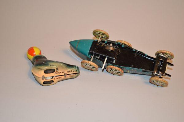 Jouet en tole: LEHMANN AHA 910 W + Bugatti i970