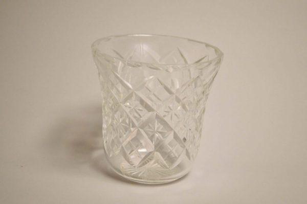 SAINT-LOUIS. Vase boule en cristal clair, modèle Massenet