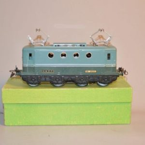 HORNBY: Locomotive BB-8051 SNCF