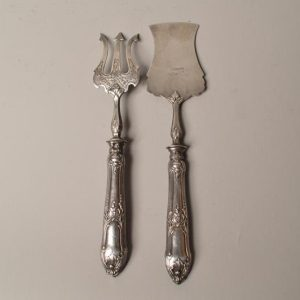 Couvert à mignardise, la spatule et le fourcheton en argent fourré