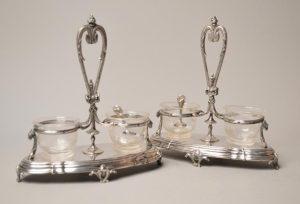 Paire de salières à salerons doubles dans le style Louis XV - Flamant & fils