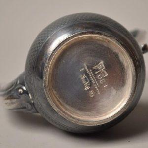 Petite théière dinette en métal argenté- James Dixon sheffield