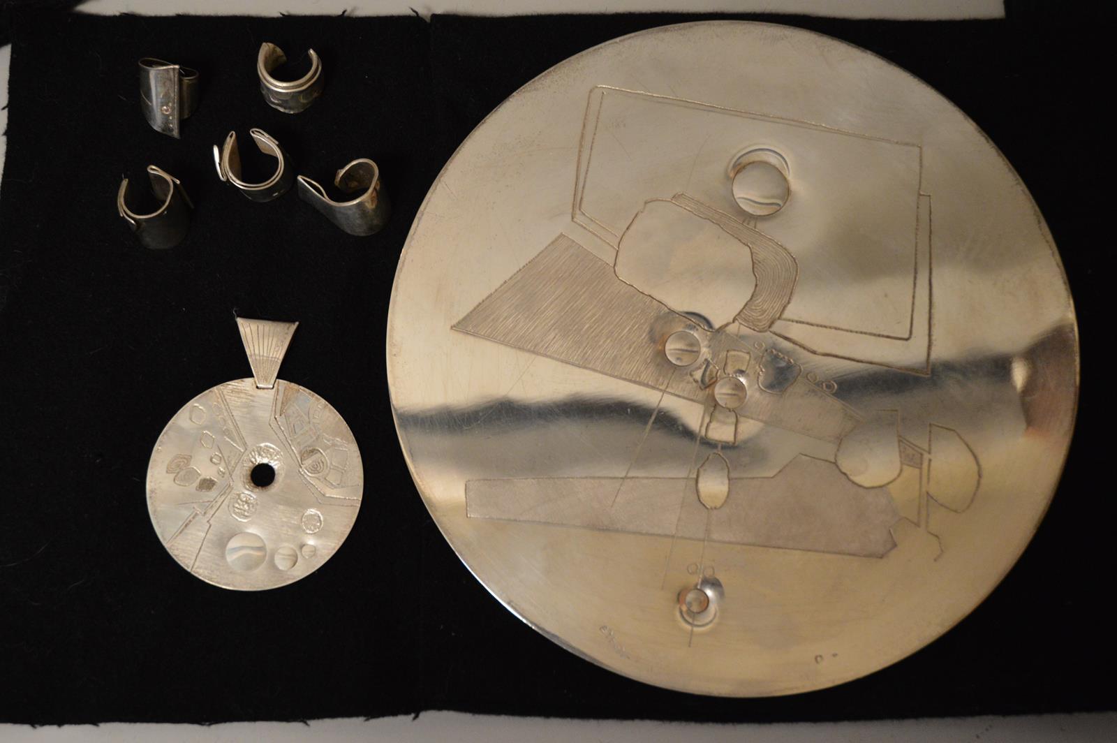 BERNARD BYGODT  – Bijoux – argent – pendentif – bague – gravé – sculpté