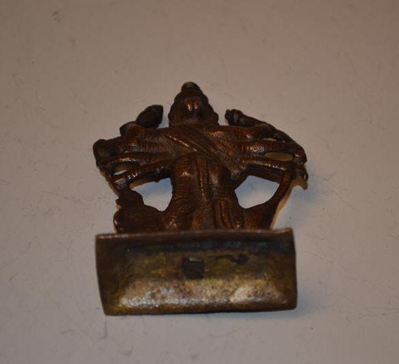 Petite sculpture de Bouddha tibétain en Bronze